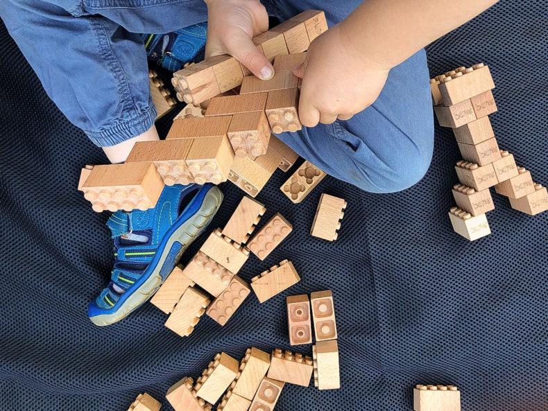 BENA-Holzbausteine-Spiel