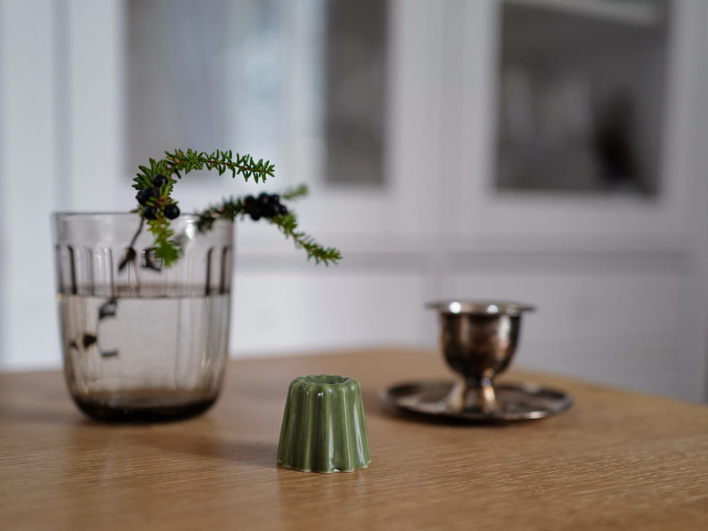 Kerzenhalter Grünes Porzellan OVO things