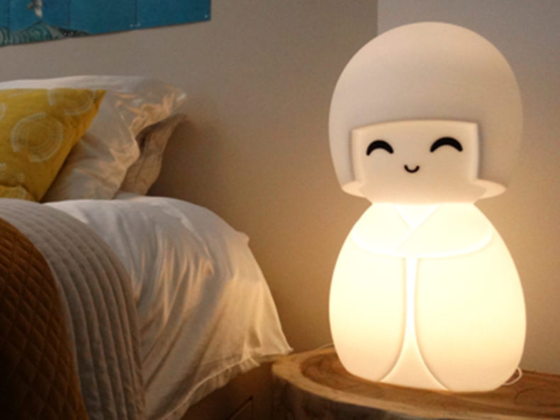 Kokeshi Lampe Kinderzimmer