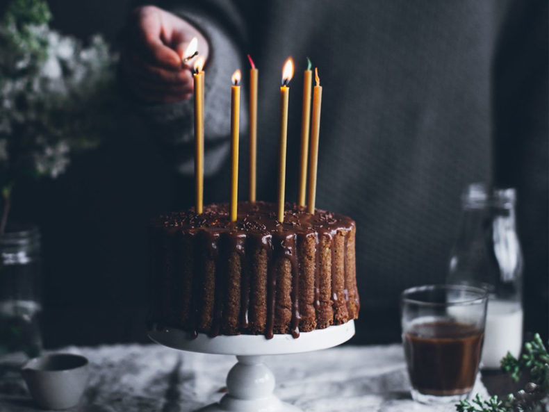 OVO-Things-mini-birthday-candles-cake