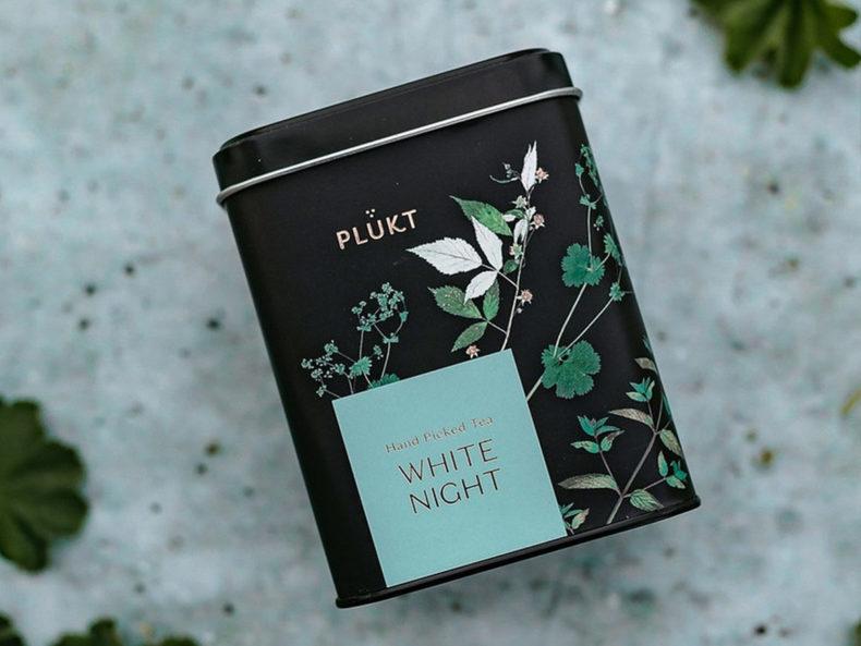 PLUKT-white-night-Tee-kaufen