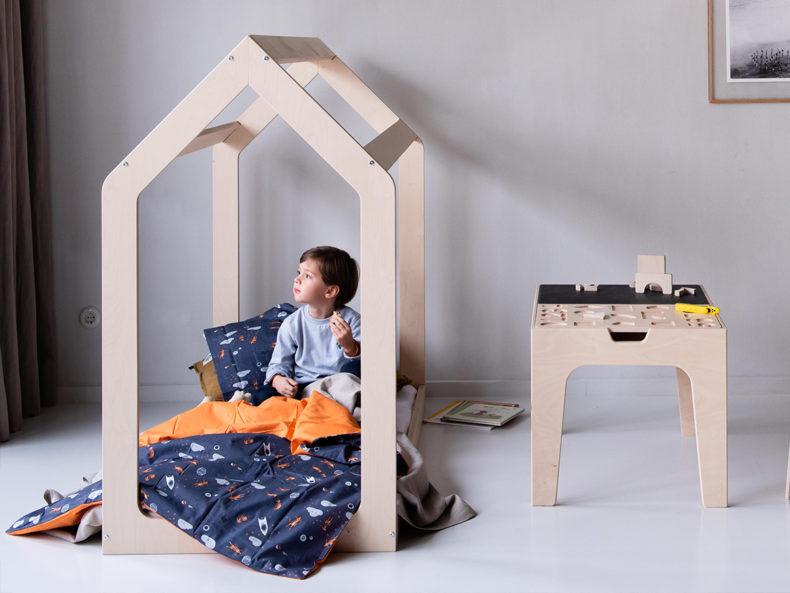 Hausbett Kinderbett Holz 140x70