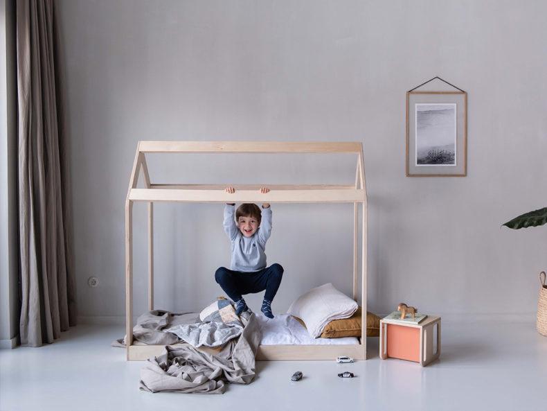 Hausbett Kinderbett 140x70