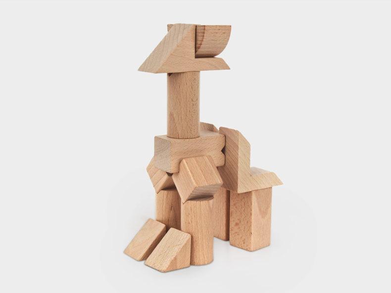 Tsumiki-Holzbausteine-Figur